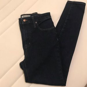 Madewell Dark Curvy High rise Skinny Jean